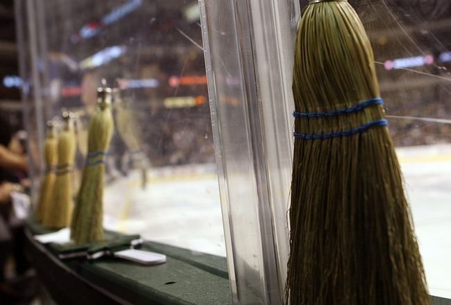 Playoff Hockey: Sweeps